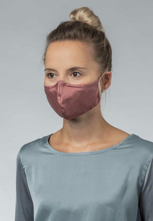 Community mask - aronia