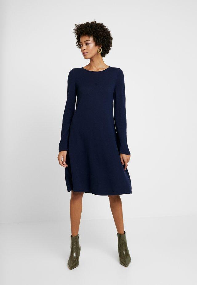 Gebreide jurk - new indigo