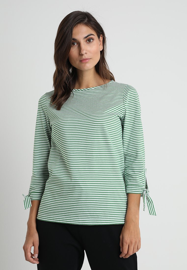 MAERZ Muenchen - Long sleeved top - vibrant green