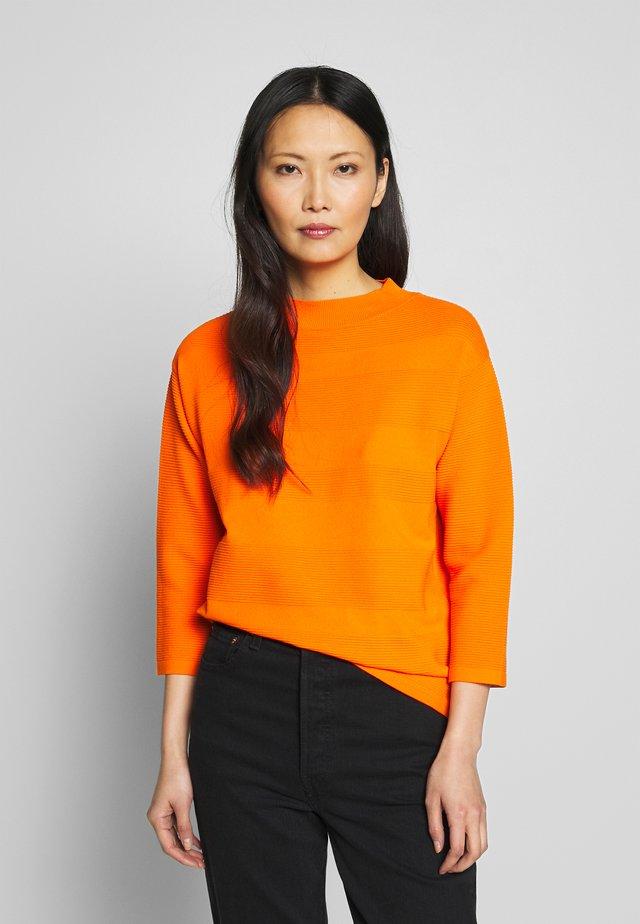 Sweter - mandarine