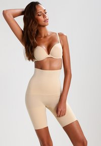 Maidenform - CONTROL IT - Lingerie sculptante - body beige - 1