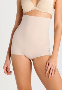 Maidenform - SLEEK SMOOTHERS - Muotoileva alusasu - paris nude - 0