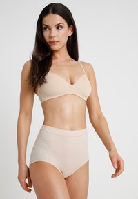 Maidenform - FIRM FOUNDATIONS TAME YOUR TUMMY BRIEF - Shapewear - nude - 1
