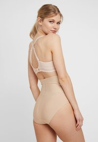 Maidenform - TAILORED BRIEF TAME YOUR TUMMY - Shapewear - nude - 2