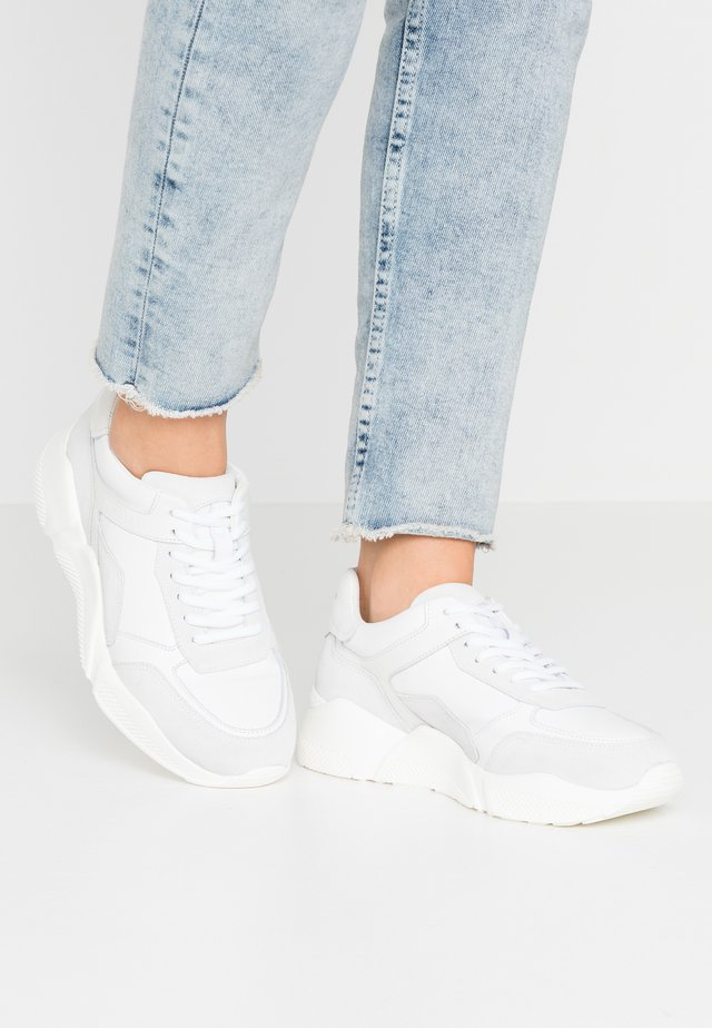 MASSIMA - Sneaker low - white/offwhite