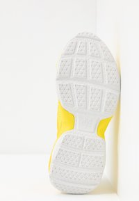 Marc O'Polo - CRUZ - Sneakers laag - yellow - 6