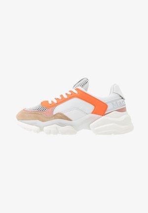 JULIA - Baskets basses - orange