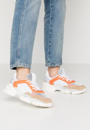 JULIA - Sneakers basse - orange