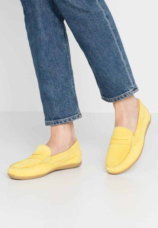 NATASHA  - Nazouvací boty - yellow