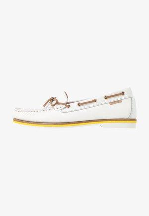 NADINE  - Boat shoes - white