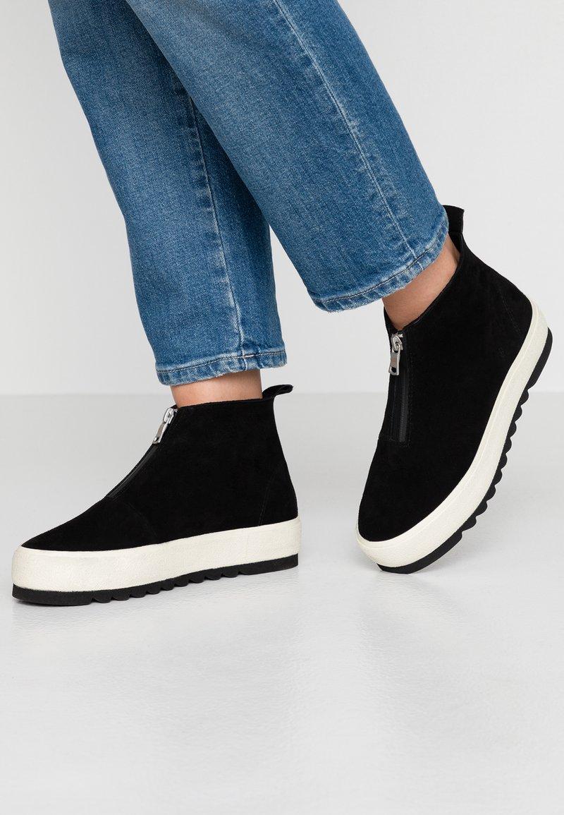 Marc O'Polo - Kotníková obuv - black