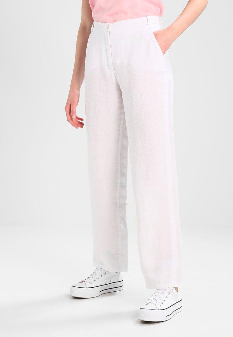 Marc O'Polo - PANTS WIDE LEG REGULAR LENGTH - Kalhoty - white