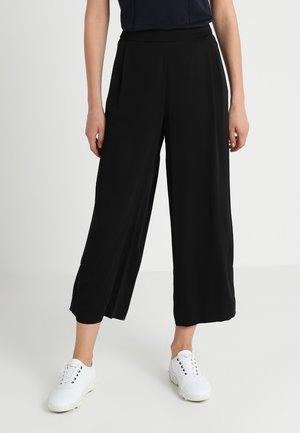 PANTS MEDIUM RISE WIDE LEG ANKLE - Kalhoty - black