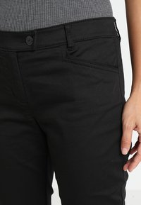 Marc O'Polo - PANTS FIT LAXA CASUAL - Kalhoty - black - 6