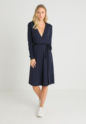 DRESS V NECK WRAPPED RIPS - Vestito di maglina - deep atlantic