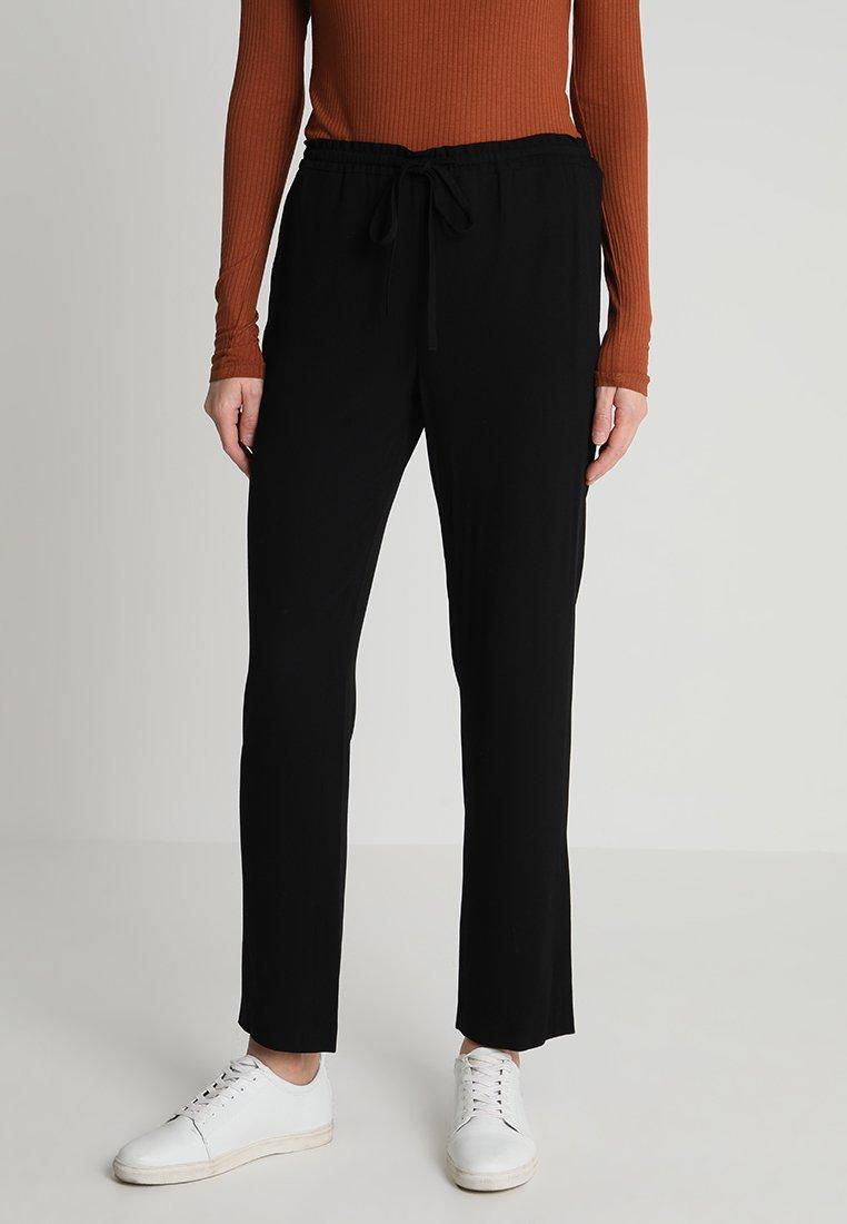 Marc O'Polo - PANTS EASY JOGGER STYLE - Pantalones - black