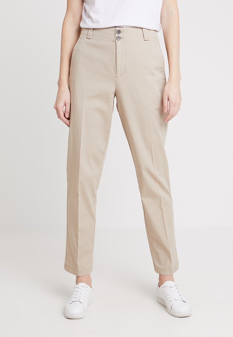 Marc O'Polo - PANTS TAPERED FIT ANKLE LENGTH - Chinos - beige