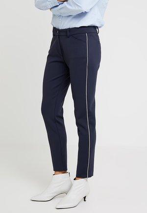 PANTS PIPING AT SIDE SEA - Pantalon classique - deep atlantic