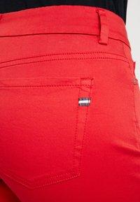 Marc O'Polo - MID WAIST - Pantalones - fresh rose hip - 4