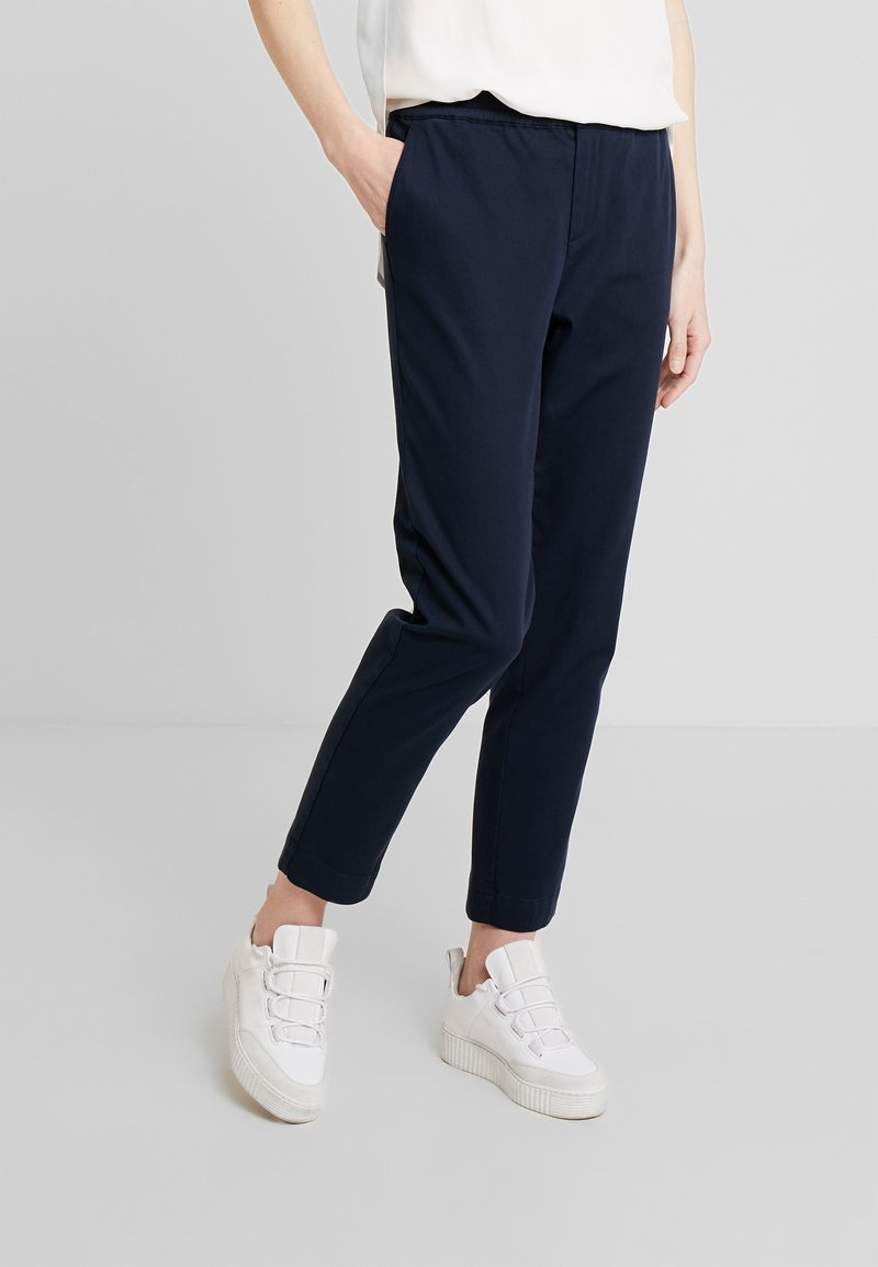 Marc O'Polo - PANTS MEDIUM RISE JOGGER STYLE - Trousers - midnight blue