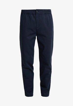 PANTS MEDIUM RISE JOGGER STYLE - Spodnie materiałowe - midnight blue
