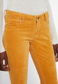 Marc O'Polo - Slim fit jeans - roasted pumpkin - 5