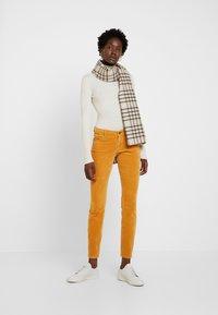 Marc O'Polo - Slim fit jeans - roasted pumpkin - 1