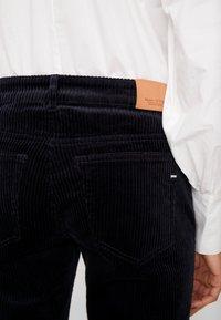Marc O'Polo - Pantalon classique - midnight sea - 4