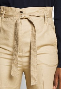Marc O'Polo - PAPERBAG STYLE - Trousers - swedish pine - 4