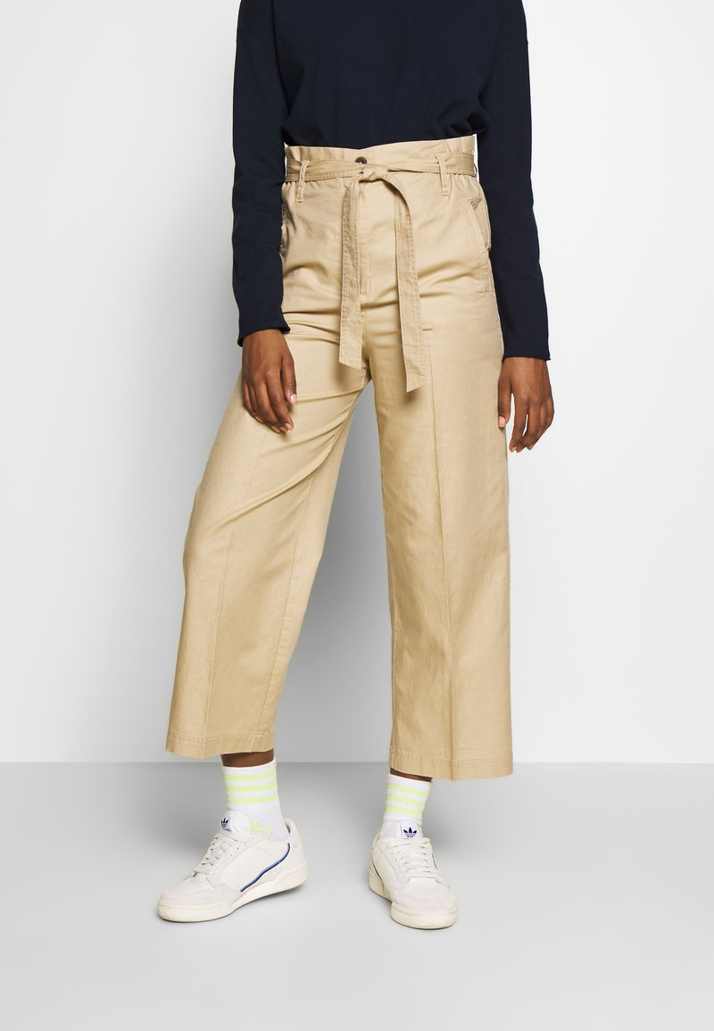 Marc O'Polo - PAPERBAG STYLE - Trousers - swedish pine