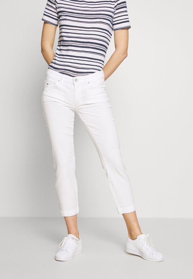 5 POCKET MID WAIST SLIM LEG - Spodnie materiałowe - white