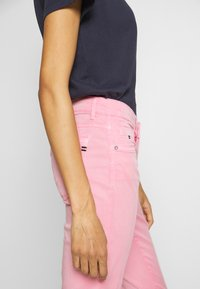 Marc O'Polo - 5 POCKET MID WAIST SLIM LEG - Trousers - sunlit coral - 4