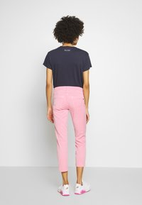 Marc O'Polo - 5 POCKET MID WAIST SLIM LEG - Trousers - sunlit coral - 2