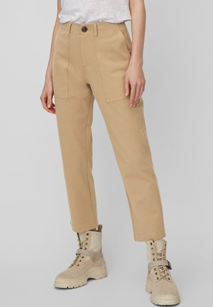 MARC O'POLO JERSEY-HOSE AUS PIQUÉ-STRETCH-JERSEY - Trousers - shaded walnut