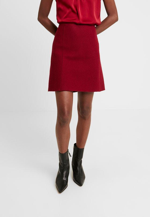 SKIRT SHORT STYLE - A-line skirt - light beetroot