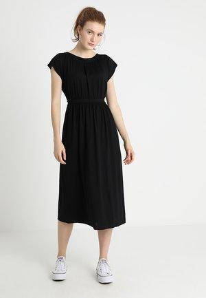 DRESS OVERCUT SHOULDER - Maxi-jurk - black