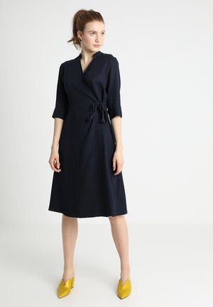 DRESS WRAP STYLE FEMININE - Kjole - blue black