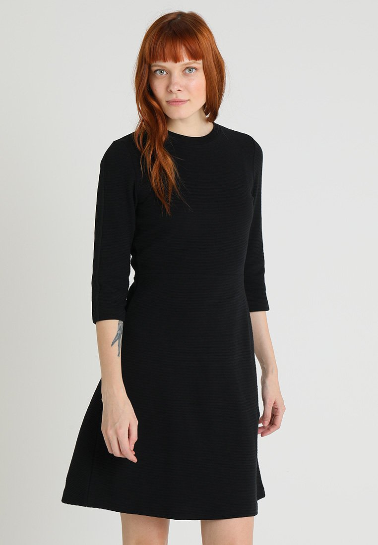 Marc O'Polo - DRESS BUTTON DETAILS CROPPED SLEEVE LENGTH - Strickkleid - black