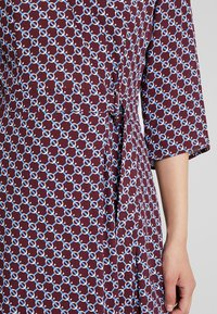 Marc O'Polo - DRESS WRAP STYLESLEEVE - Vestito estivo - bordeaux - 5