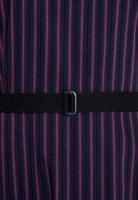 Marc O'Polo - DRESS FEMININE STYLE U BOOT NECK - Kjole - combo - 5