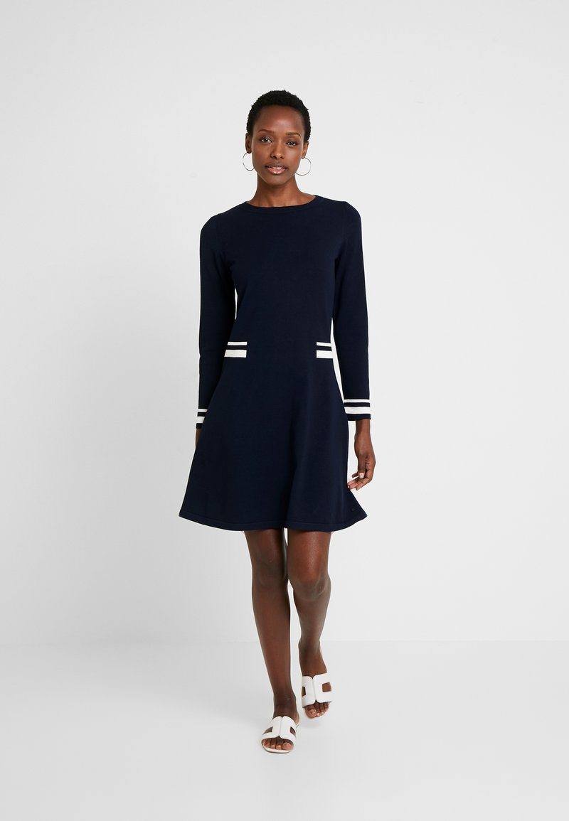 Marc O'Polo - HEAVY DRESS LONGSLEEVE - Strickkleid - midnight blue