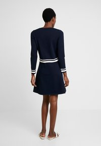 Marc O'Polo - HEAVY DRESS LONGSLEEVE - Gebreide jurk - midnight blue - 2