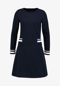 Marc O'Polo - HEAVY DRESS LONGSLEEVE - Gebreide jurk - midnight blue - 3