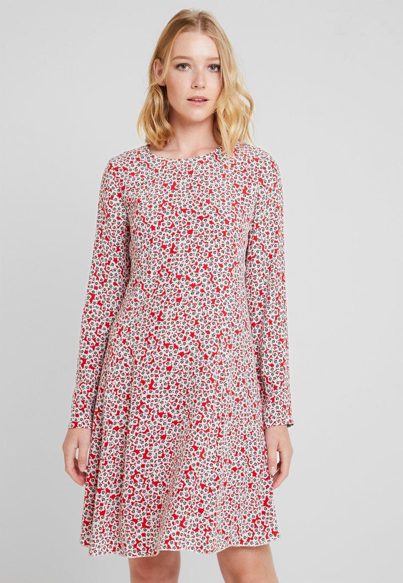 Marc O'Polo - DRESS FEMININE FLARED SHAPE LONG - Korte jurk - red