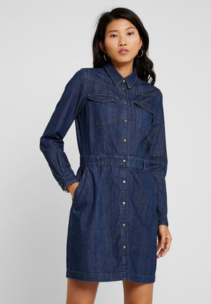 SLEEVE LENGTH DRESS - Denim dress - drapy authentic denim