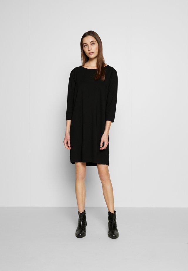 STRAIGHT - Sukienka z dżerseju - black