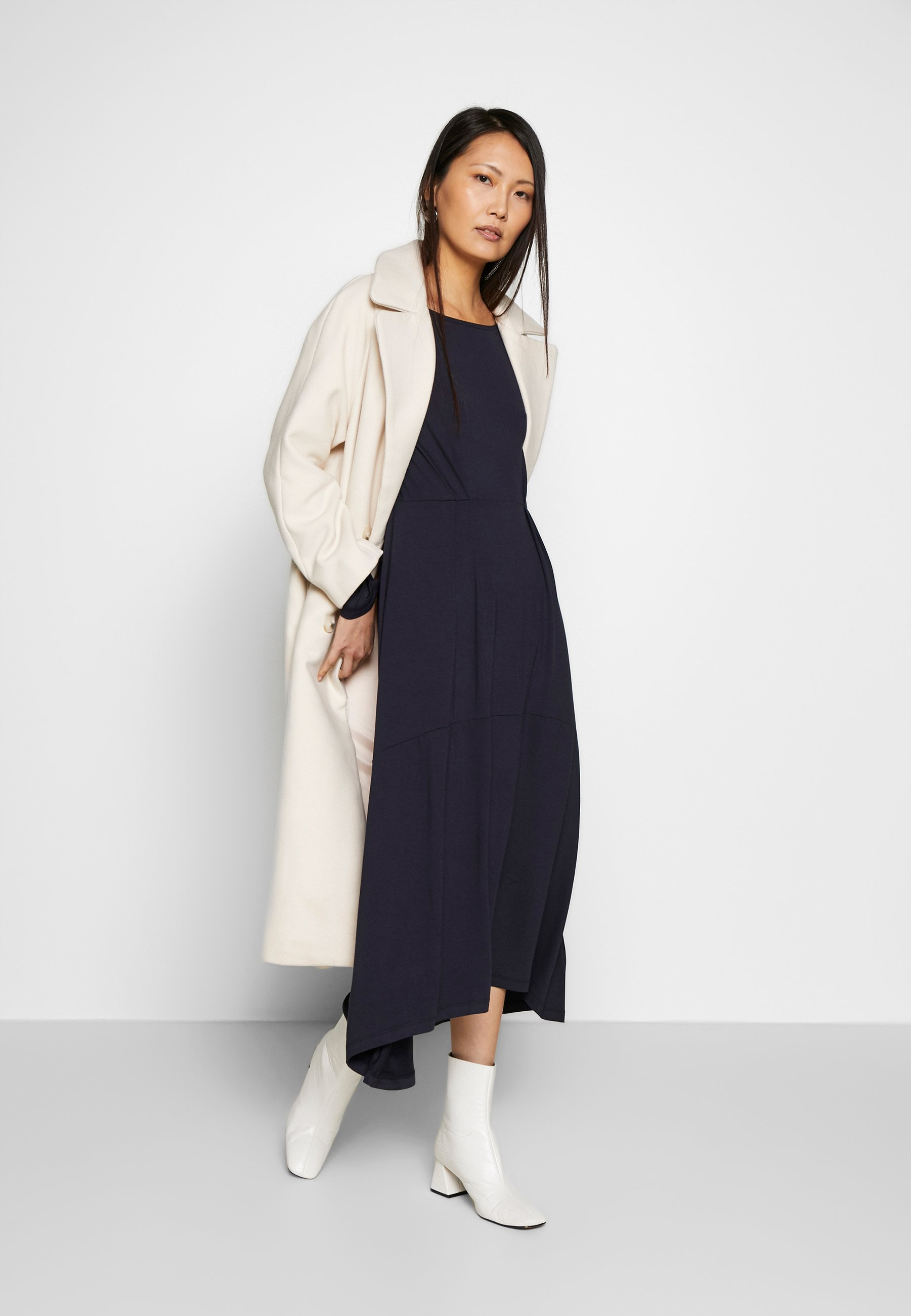 Marc O'Polo DRESS BOAT NECK LONGSLEEVE - Maxi-jurk - night sky