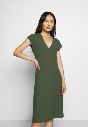 JERSEY-DRESS, V-NECK, SLITS - Jerseyjurk - soaked moss