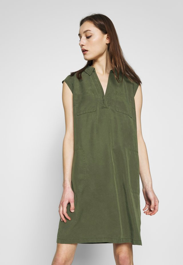 Shirt dress - soaked moss