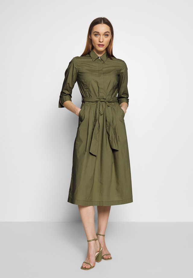 DRESS SHIRT STYLE PLACKET COLLAR WITH BELT - Shirt dress - seaweed green